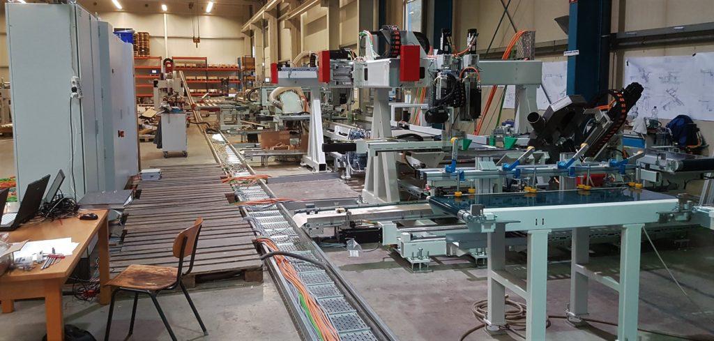Werkzeugmaschine bei Inbetriebnahme